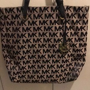 Michael Kors authentic handbag and wallet!!
